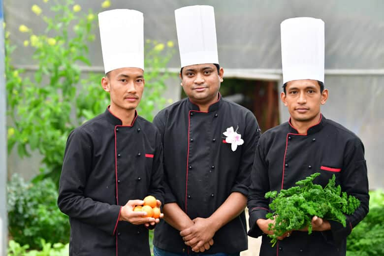 Chef's Organic Garden 02