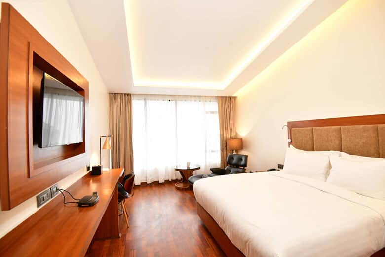 Executive Room 03